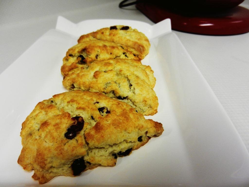 scone dreamy scone by smitten dreamy cream scones dreamy cream scones ...
